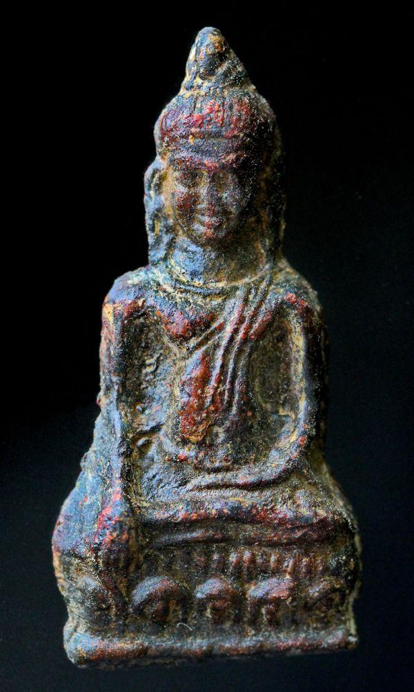 พระหูยานหน้ายักษ์ เนื้อตะกั่วสนิมแดง กรุวัดพระศรีรัตนมหาธาตุ ลพบุรี No.120