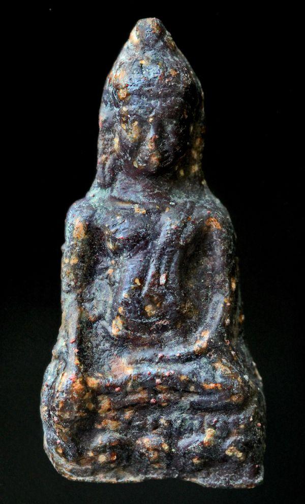 พระหูยานหน้ายักษ์ เนื้อตะกั่วสนิมแดง กรุวัดพระศรีรัตนมหาธาตุ ลพบุรี No.122