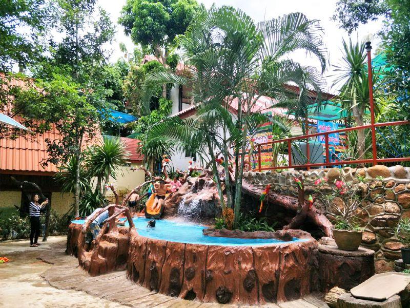 สวนน้ำ สำหรับเด็ก