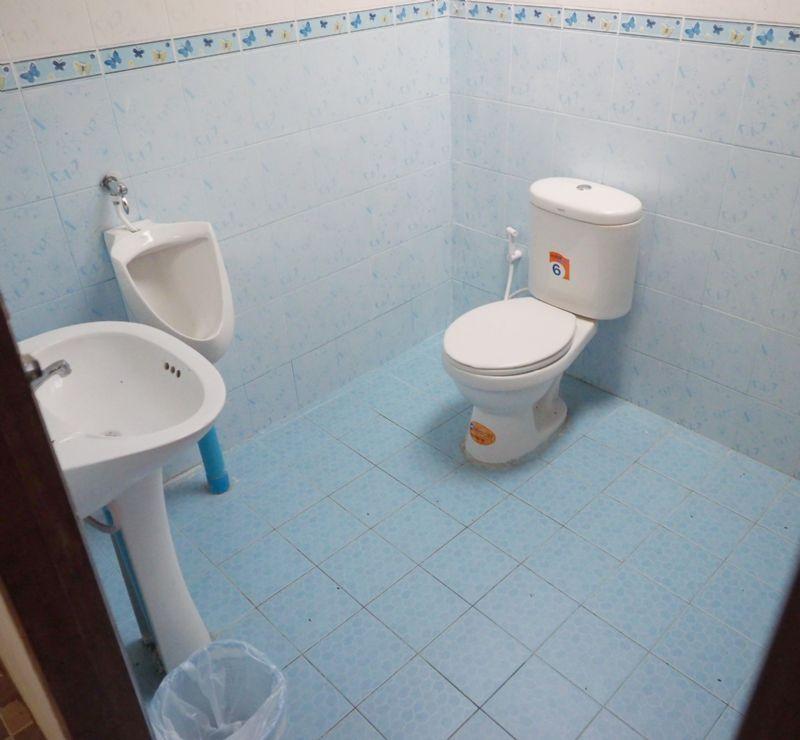 ห้องน้ำบ้านพวงทิพย์