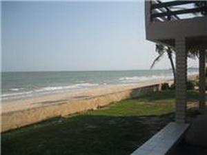 ระเบียงหน้าบ้าน ติดทะเล หาดทราย
