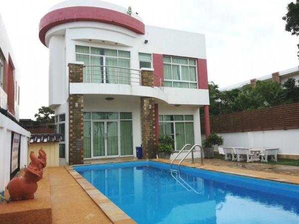 บ้านคุณอีฟ 3 Pool Villa