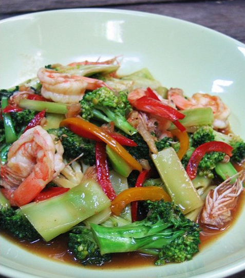 STIR FRIED BROCOOLI