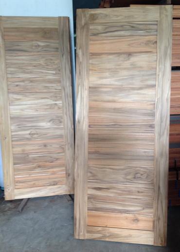 Agathis Sawn Timber ~ สุวรรณภูมิค้าไม้ ขาย ไม้พื้น ไม้ปาร์เก้ ไม้บันได ไม้มะค่า