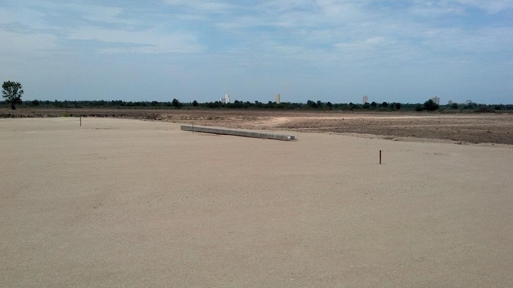 เตรียมพื้นที่เพื่อก่อสร้าง โรงงานอาหารสัตว์