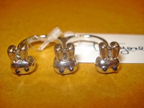 ฟอร์เอฟเวอร์21 แหวนหัวกระต่ายน่ารัก 3 หัว / Three Rabbits Double Rings