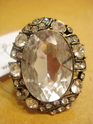 ฟอร์เอฟเวอร์21 แหวนเพชรหัวโต ตัวเรือนรมดำ / Black Silver Diamond Cocktail Ring