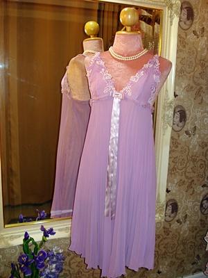 ชุดนอนชีฟองพลีทสีม่วงหวานๆ ตัดต่อผ้ามุ้งประดับลูกไม้ติดโบว์ริบบิ้น size 34