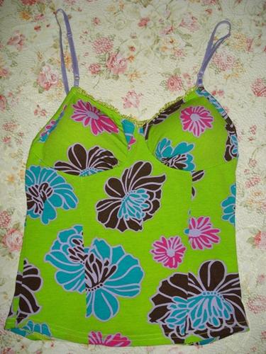 เสื้อในบังทรง เสื้อสายเดี่ยว ผ้ายืดเนื้อนิ่มสีเขียวสดพิมพ์ลายดอกไม้ใหญ่ เต้าเสริมฟองน้ำบาง ไม่มีโครง size S