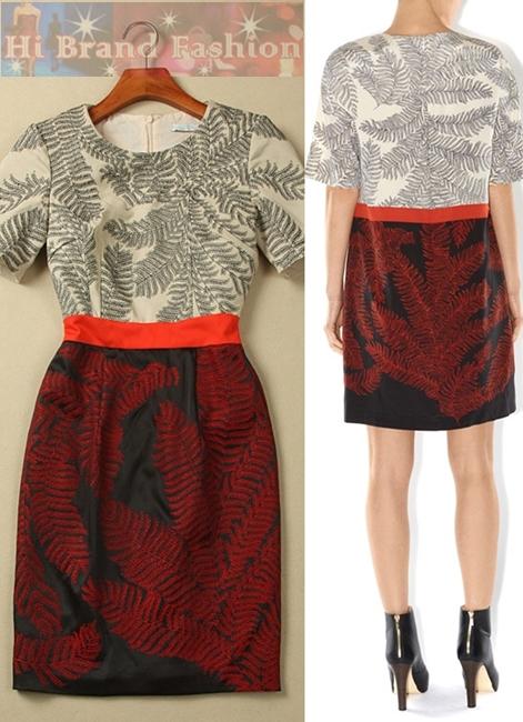 ฮอบส์ เดรสใส่ออกงานแขนสั้น ผ้าคอตต้อนสี้เนื้อปักลายใบไม้ดำคาดเอวสีแสดต่อกับกระโปรงซาตินสีดำปักลายใบไม้แดง งานปักประณีตเรียบร้อยทั้งตัว Black sascha Embroidery Dress พร้อมส่ง 2 ไซส์ค่ะ uk10 กับ uk12