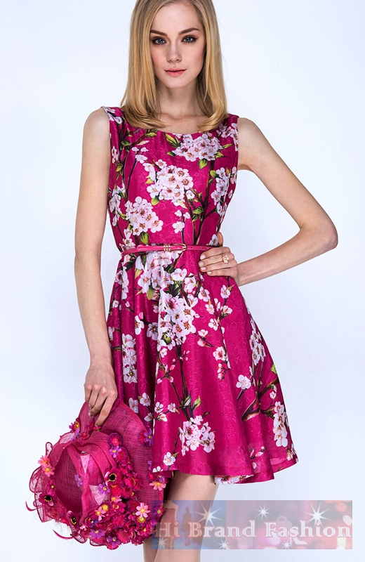 ดีแอนด์จี/โดลเช่ แอนด์ แกบาน่า เดรสใส่ออกงานแขนกุดกระโปรงบาน ผ้าไหมจีนสีชมพูม่วงพิมพ์ลายดอกเหมย ดอกซากุระ แถมเข็มขัดเข้าชุด Sleeveless Cherry Blossom Print Ruby Silk Dress พร้อมส่ง 4 ไซส์ค่ะ S M L XL