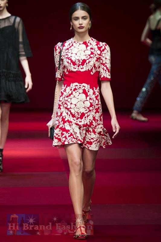 ดีแอนด์จี/โดลเช่ แอนด์ แกบาน่า เดรสใส่ออกงานแขนสั้น ผ้ายืดสีแดงปักดอกไม้สีขาว กระโปรงหางปลา Embroidered Floral Red White Dress พร้อมส่ง size XXL