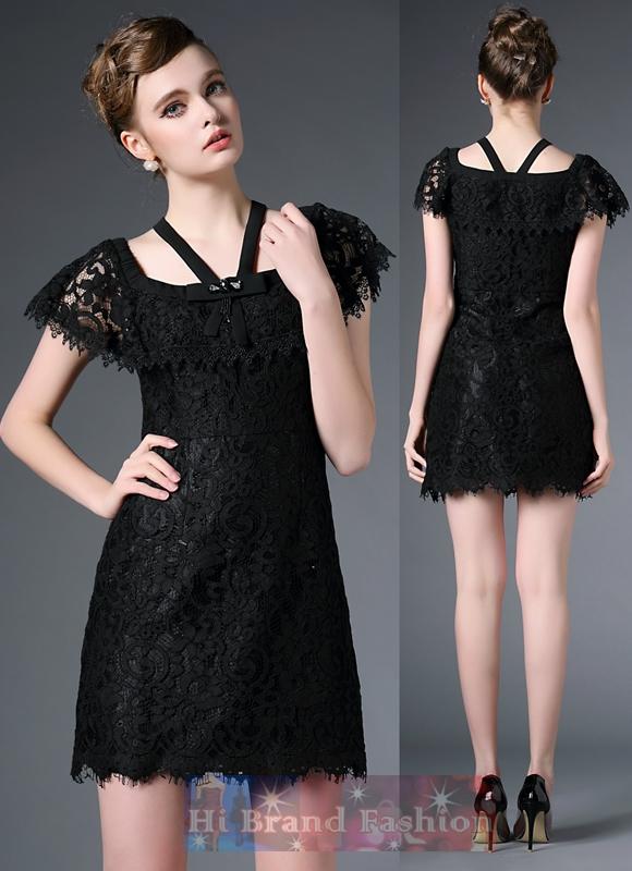 เดรสหรูออกงานแขนสั้นทรง A ผ้าลูกไม้อย่างดีสีดำเกาะไหล่ มีแถบผ้าไขว้คล้องคอประดับลูกปัดคริสตัลเพชรจิวเจียร์เหลี่ยมสวยๆ Fairy black elegant lace dress  พร้อมส่งไซส์ S
