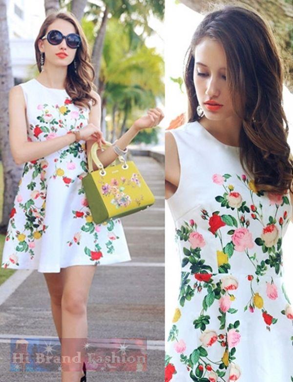เดรสใส่ออกงานแขนกุด ผ้าเนื้อบางลื่นออกเงาสีขาวพิมพ์ลายดอกกุหลาบหลายสี ตัดต่อรอบเอวปล่อยกระโปรงบานย้วย หวานๆ ค่ะ New sweet multi roses print dress พร้อมส่ง 3ไซส์ M L XL