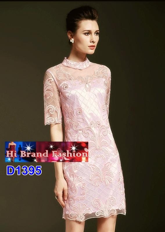 เดรสผ้าบุหงาปักลายหรูสีชมพูอ่อนหวาน ประดับเพชรและเลื่อม size M