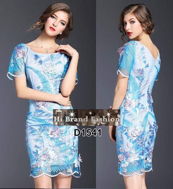 เดรสแขนสั้นผ้าบุหงาสีฟ้าสดปักลายดอกไม้ใหญ่สีชมพู แต่งดอกลอยสวยหรู S M L XL