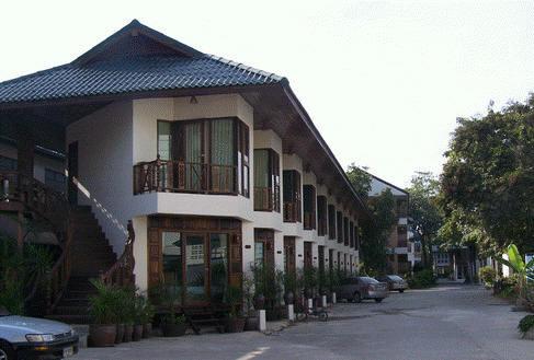 โรงแรม ชะอำ วิลล่า บีช