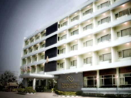 โรงแรมนวรัตน์ เฮอริเทจ