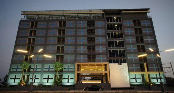 โรงแรม เอ พลัส