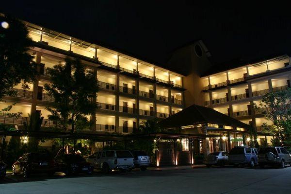โรงแรม สุภารี ปาร์ควิว