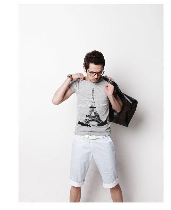 เสื้อผ้าผู้ชาย : t-shirt พิมพ์ลายหอไอเฟล