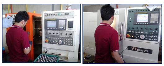 เครื่องกลึง CNC Lathe Machine