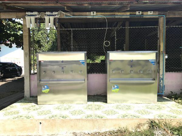 ตู้น้ำเย็นแบบ 5 ก๊อกพร้อมเครื่องกรองน้ำ 5 ขั้นตอน