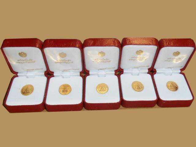 พระพุทธปัญจภาคีทองคำ