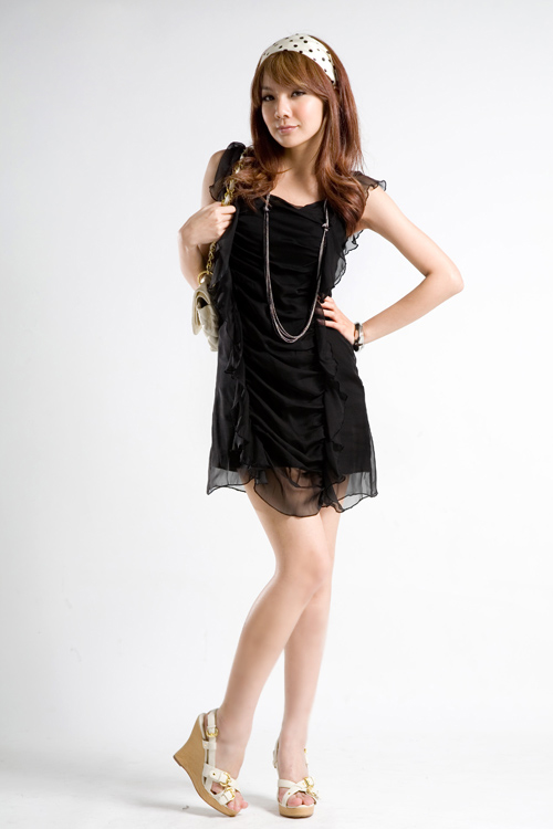 เสื้อผ้าแฟชั่น : dress ชีฟองดำจับสม็อค