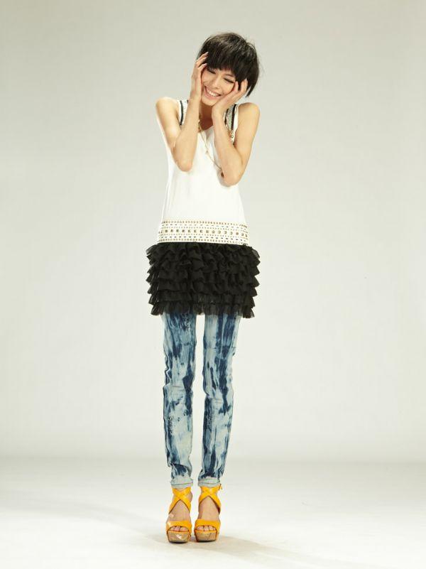 เสื้อผ้าแฟชั่น: เดรสล้ำสมัย so cute