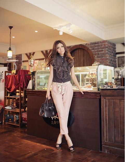 เสื้อผ้าแฟชั่น เสื้อผ้าเกาหลี กางเกงเข็มขัดผ้าซาติน