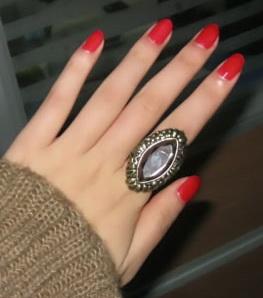 เครื่องประดับ : แหวน gemstone สไตล์ retro