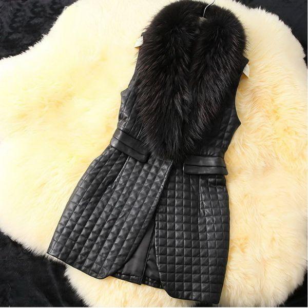 เสื้อกันหนาวพร้อมส่ง : แจ็คเก็ตบุเดินคิวไม่มีแขนปกแต่ง fur