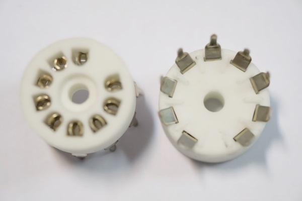 ซ็อกเก็ตหลอด 9 Pin PCB (New)
