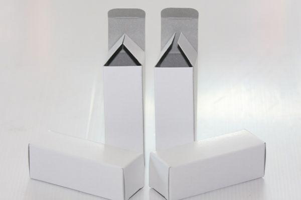 กล่องใส่หลอด ขนาด 4.8 x 4.8 x 13.8 cm (New)