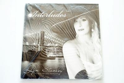 Lyn Stanley – Interludes